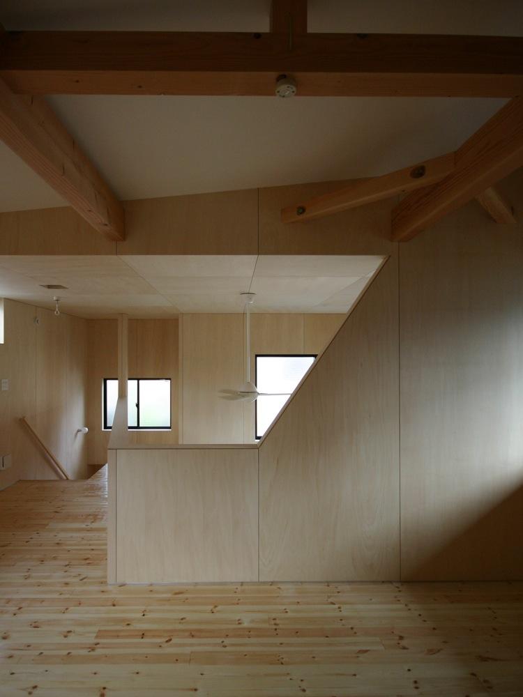 http://vivid-style.com/archives/2011/02/13/hiratsuka_N2.jpg